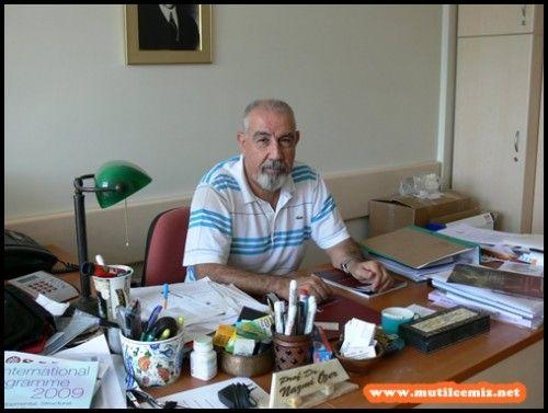 PROF. DR. NAZMİ ÖZER