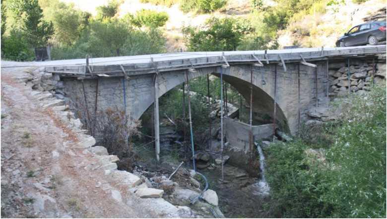 Eşekci Köprüsü