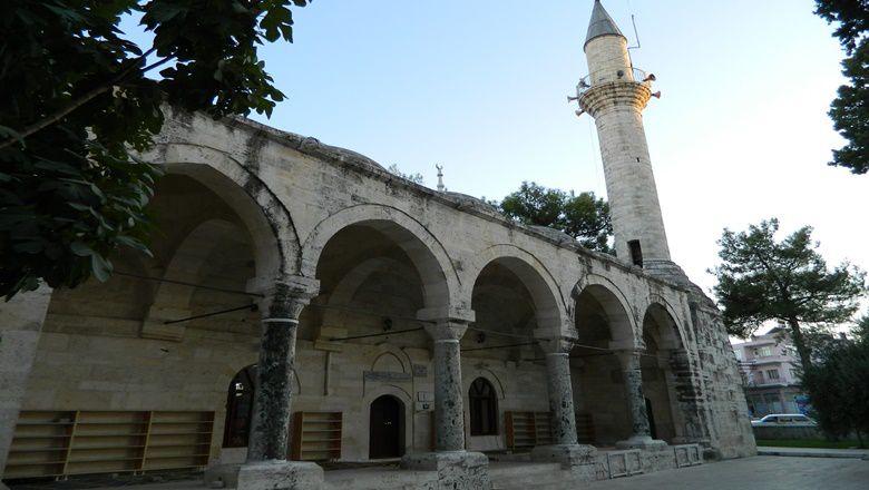 Laal Paşa Camii